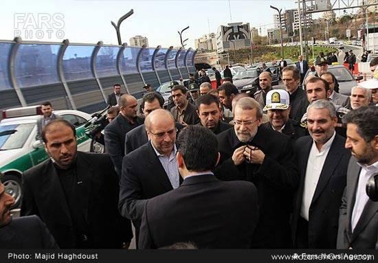 پل طبقاتی صدر با حضور جمعی از مسئولان کشور افتتاح شد.