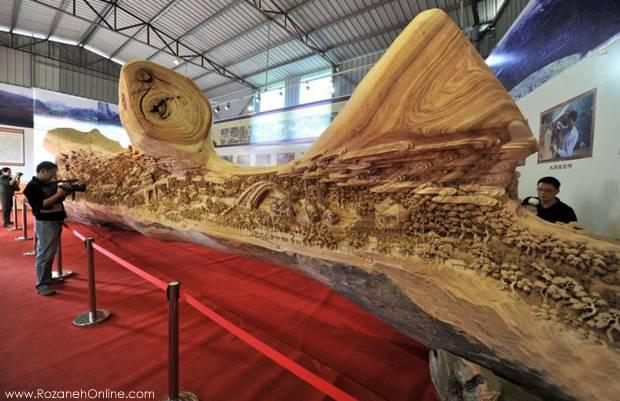 رکورد طولانی ترین مجسمه چوبی جهان در گینس ثبت شد.