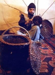 آشنایی مختصری با هنر ارغوان بافی