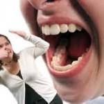 بوی بد دهان و علل بروز آن