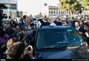 گزارش تصویری از استقبال از دکتر ظریف و هیئت همراه