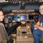 اولین خلبان زن بدون دست