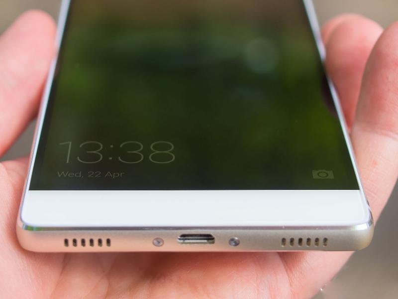 نقد و بررسی تخصصی گوشی هوشمند هوآوی P8