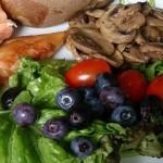 برنامه غذایی سالم باید متنوع باشد.