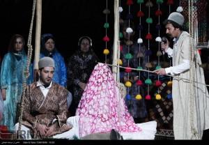 مراسم ازدواج سنتی عروس و داماد لُر به روایت تصویرمراسم ازدواج سنتی عروس و داماد لُر به روایت تصویر