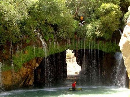 آبشار آب ملخ خطرناکترین آبشار ایران