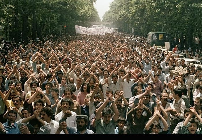 انقلاب ۵۷ به روایت تصویر