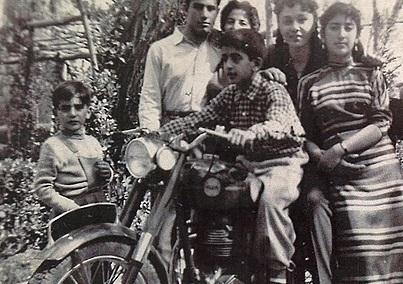 تصاویری از نوجوانی فرح پهلوی