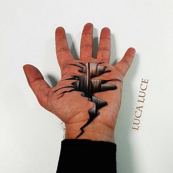 نقاشی های سه بعدی روی کف دست