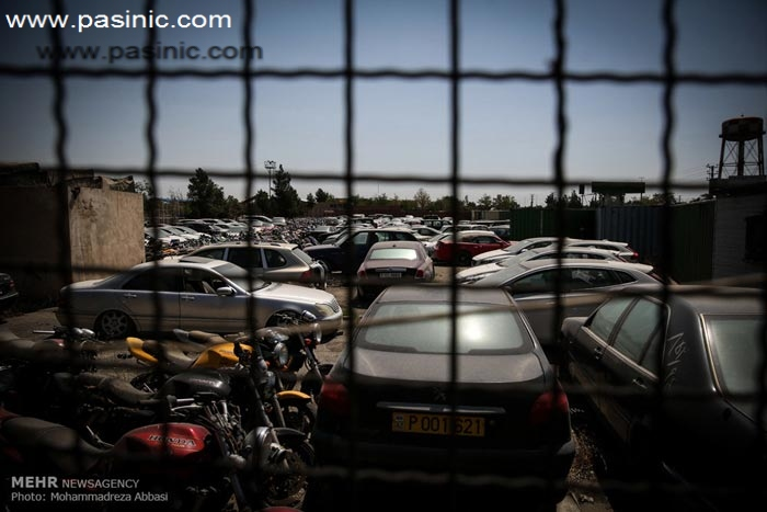 تصاویری از بزرگترین انهدام کالاهای قاچاق در ایران
