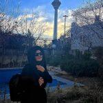 عکس زیبای الناز شاکردوست در کنار برج میلاد