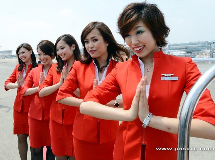 پوشش زنان مهماندار هواپیما