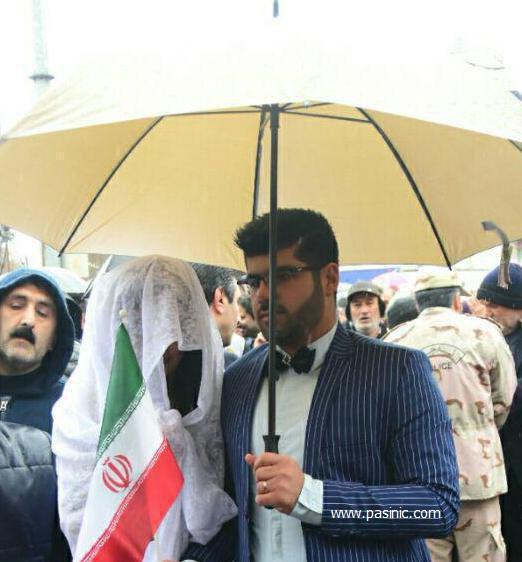 راهپیمایی ۲۲ بهمن با حضور عروس و داماد ساروی