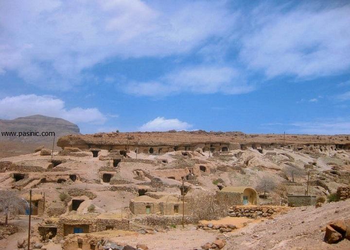 روستاي ميمند كرمان شهر آپارتمانهای سه هزار ساله