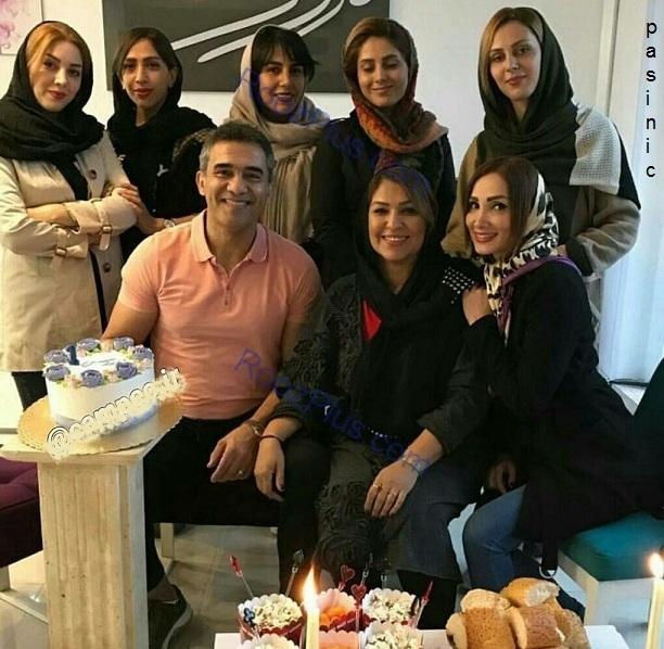 احمدرضا عابدزاده وهمسرش در یک مهمانی دوستانه