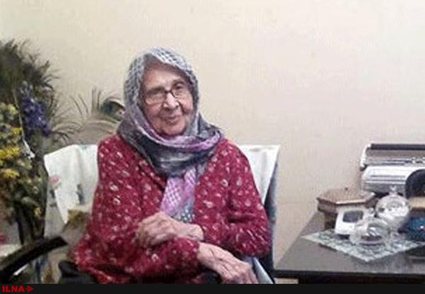 تشییع پیکر احترامالسادات نواب صفوی مادر زهرا رهنورد