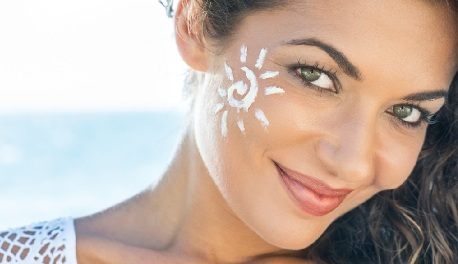 کرم ضد آفتاب و آنچه لازم است درباره آن بدانید