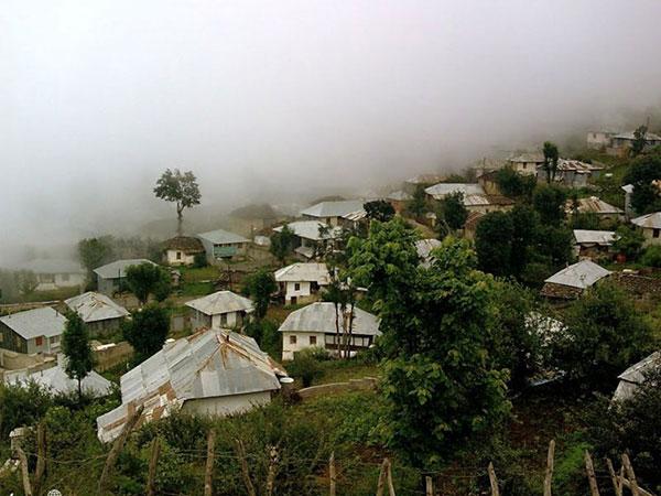 روستای فیلبند مازندران که به اقیانوس ابرها شهرت دارد.