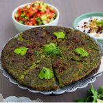 طرز تهیه کوکو سبزی مجلسی ساده و خوشمزه با زرشک
